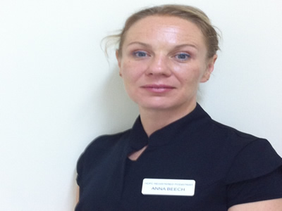 Podiatrist Practitioner - Anna Beech D.Pod. M. M.Ch. S. S. R.Ch - 0208 804 2651
